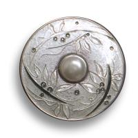 <p>Brooch -&nbsp; 2004<br />40mm diameter<br />Stg and fine silver, cloisonn&eacute; enamel, freshwater pearl.</p>